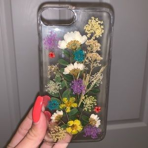 Urban Outfitters Other - Flower IPhone 7 Plus case
